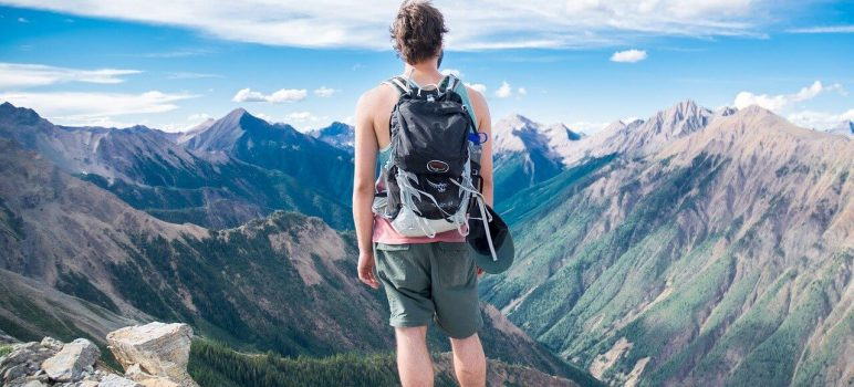 Top 10 Best Hiking Backpack Under 100$ – Superlight and Comfortable for Every Expedition (Januray 2021)